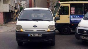 Çalıntı minibüs içindeki halılar yok oldu